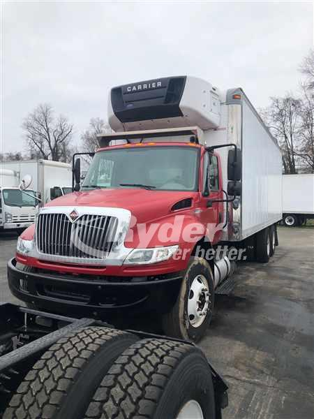 2013 International DuraStar 4400 6x4, Refrigerated Body #490979 - photo 1