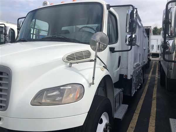 2013 Freightliner Truck 6x4, Landscape Dump #509731 - photo 1