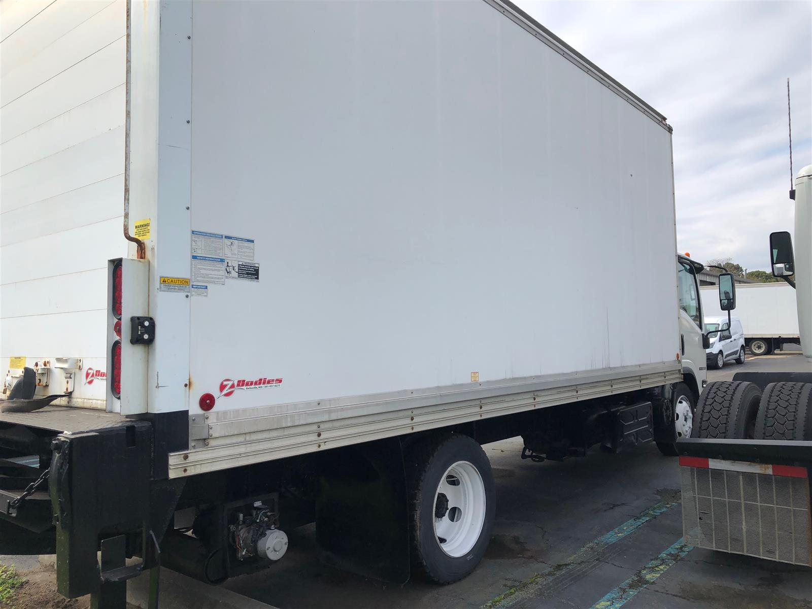 2013 Isuzu NQR 4x2, Refrigerated Body #526932 - photo 1