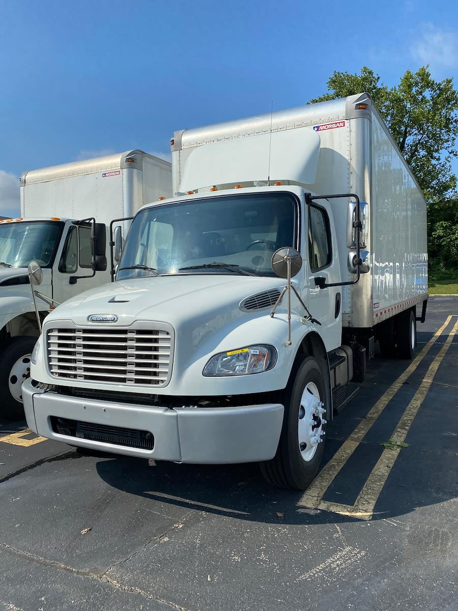 2018 Freightliner M2 106 4x2, Dry Freight #685412 - photo 1