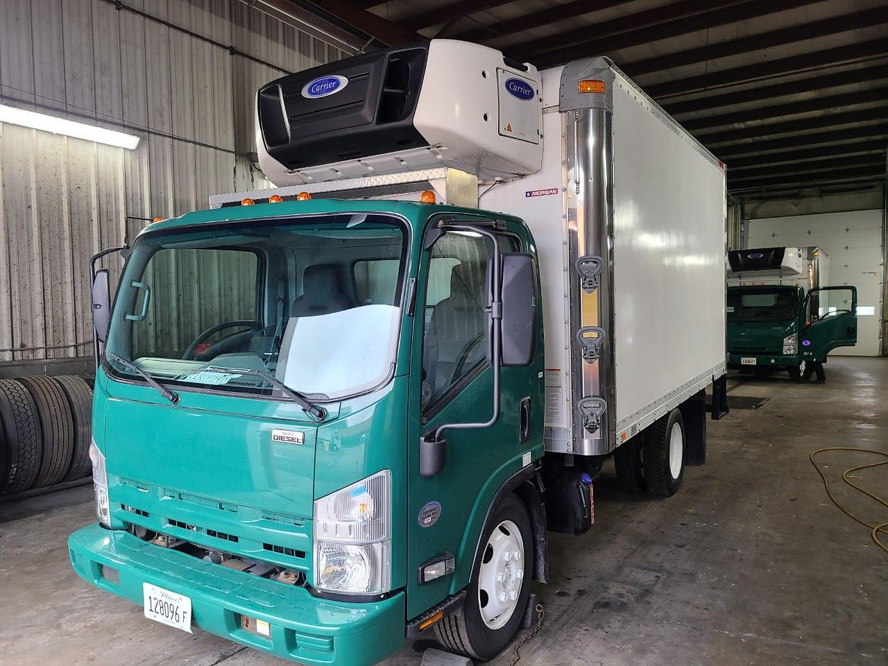 2015 Isuzu NPR-XD Regular Cab 4x2, Refrigerated Body #354181 - photo 1