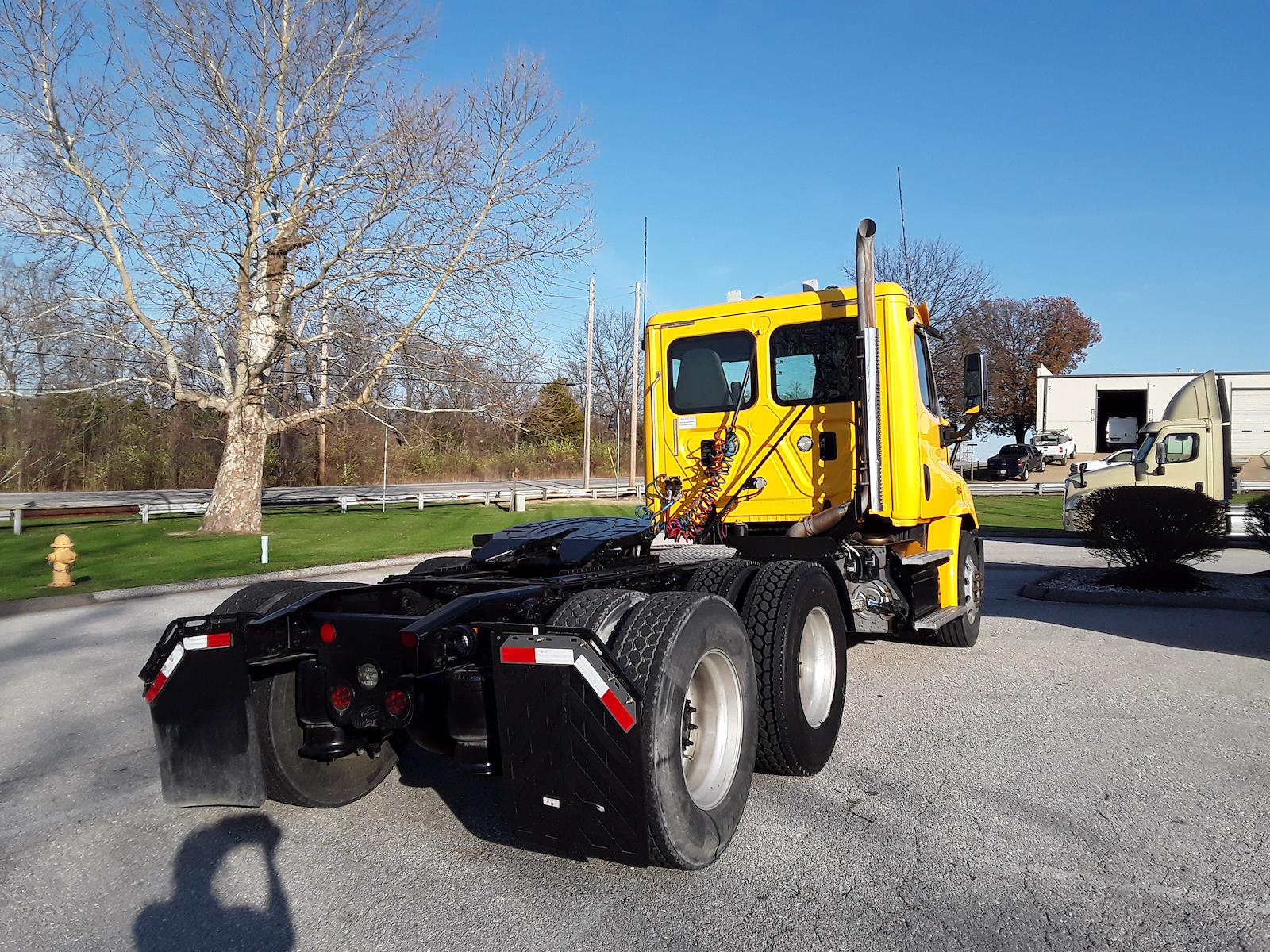 2015 Freightliner Truck 6x4, Tractor #640083 - photo 1