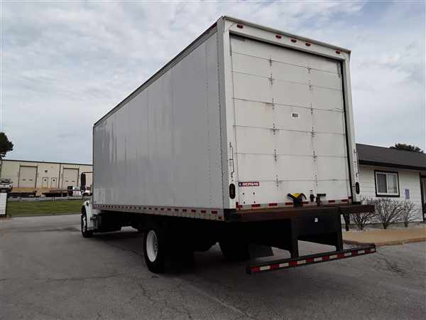 2018 Freightliner M2 106 4x2, Morgan Dry Freight #778061 - photo 1