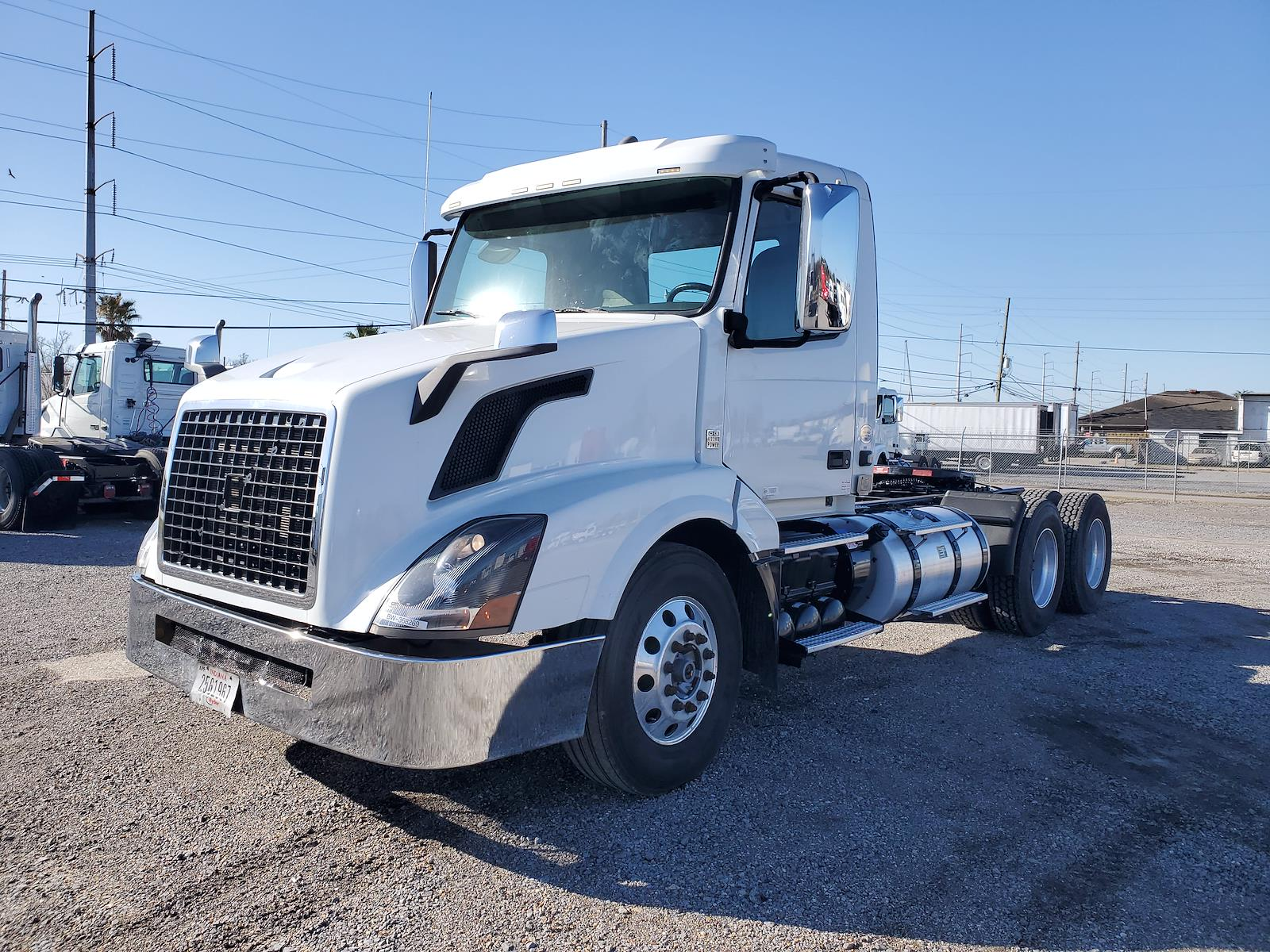 2016 Volvo VNL 6x4, Tractor #368269 - photo 1