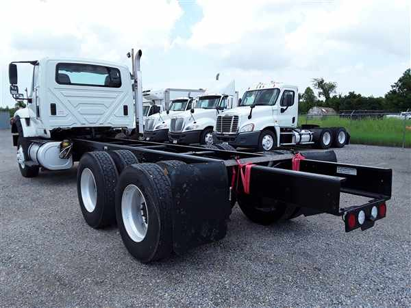 2013 International WorkStar 7600 6x4, Cab Chassis #478548 - photo 1