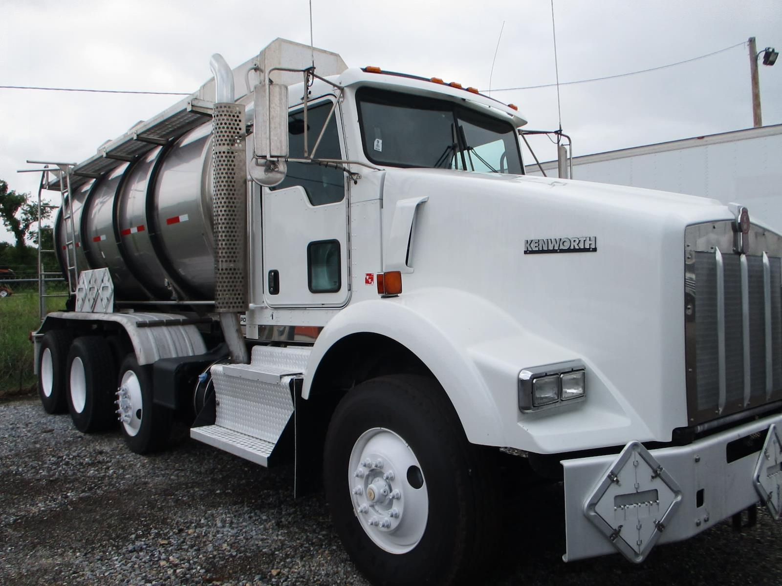 2015 Kenworth T800, Other/Specialty #641387 - photo 1