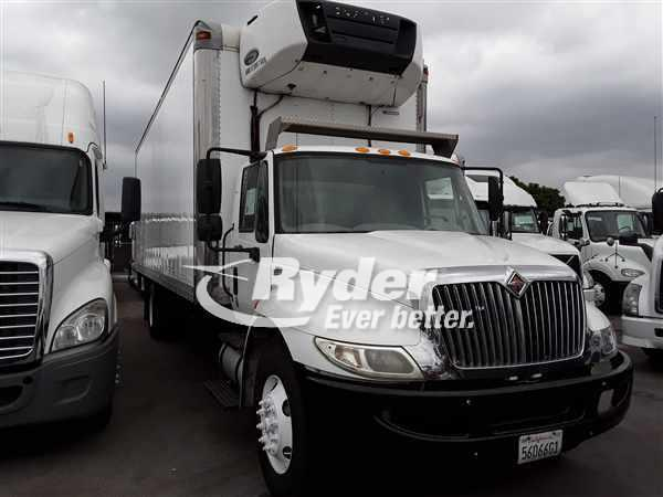 2013 International Truck 4x2, Refrigerated Body #488363 - photo 1