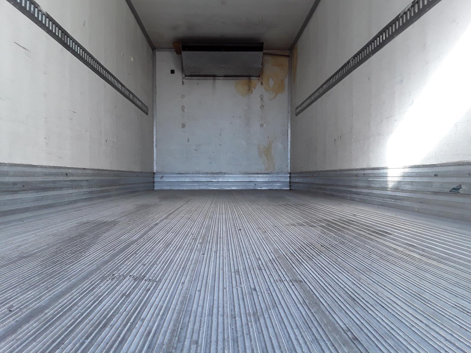 2014 Hino Truck, Refrigerated Body #536362 - photo 1