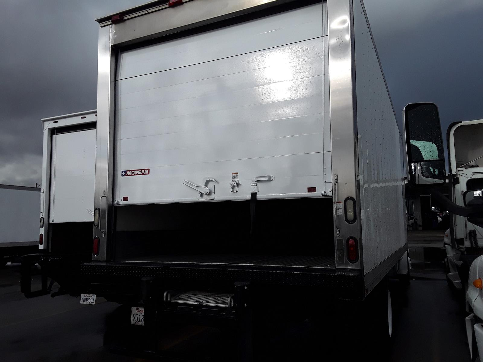 2014 Freightliner Truck 4x2, Refrigerated Body #538263 - photo 1