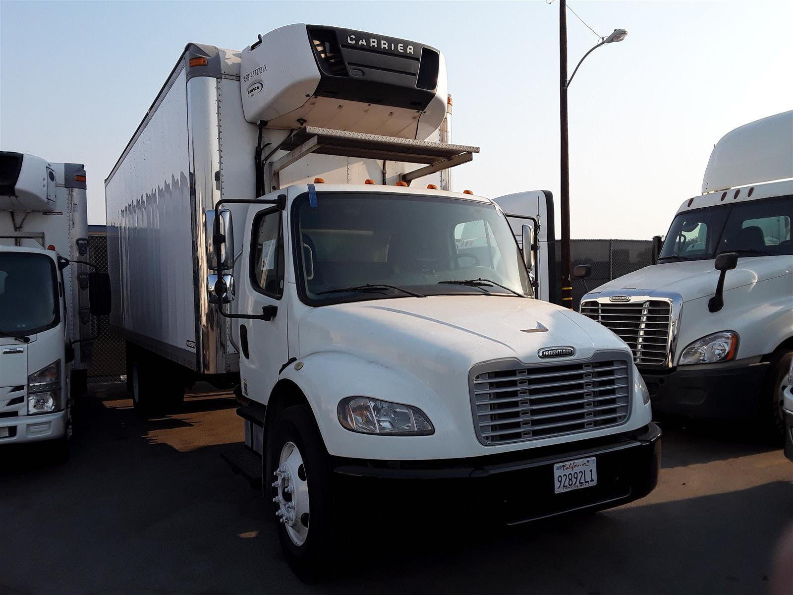 2014 Freightliner Truck 4x2, Refrigerated Body #538264 - photo 1