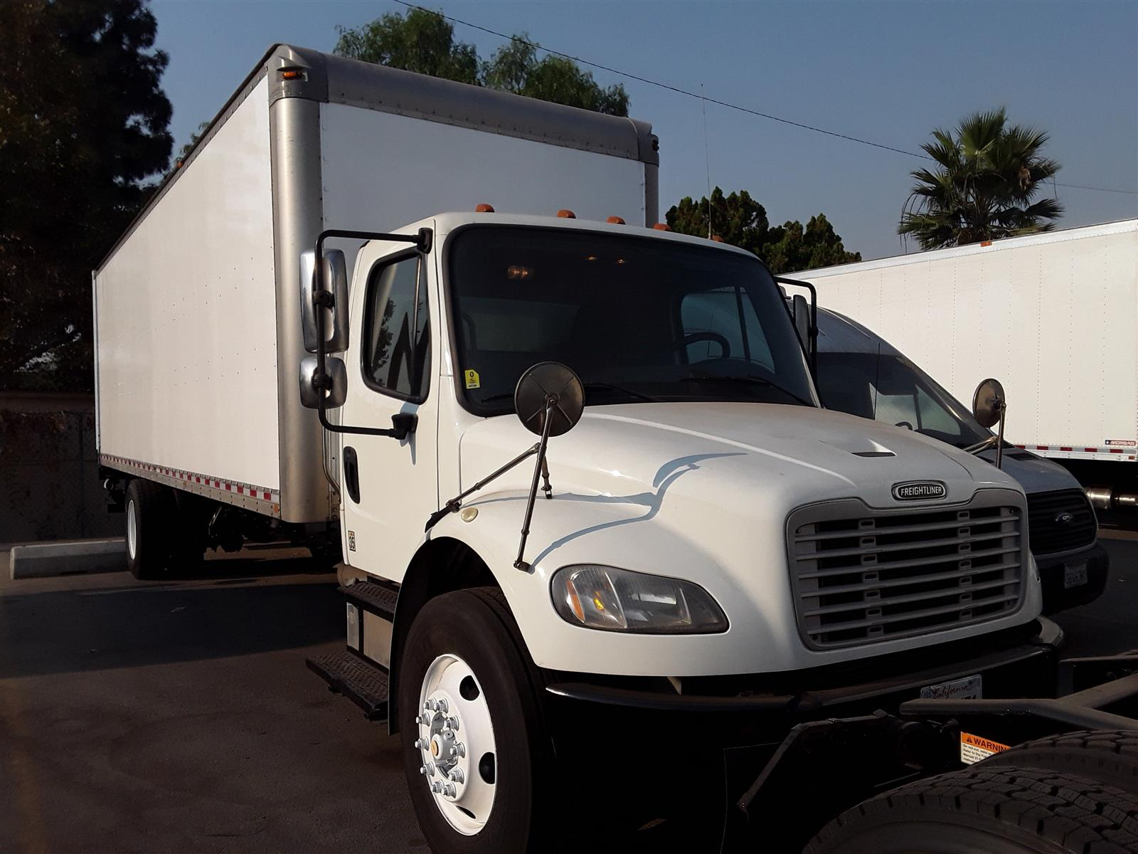 2017 Freightliner Truck 4x2, Dry Freight #663249 - photo 1