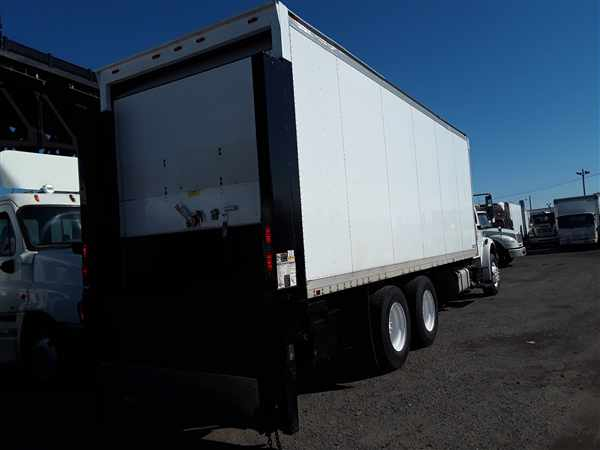 2014 Freightliner M2 106 6x4, Dry Freight #302059 - photo 1