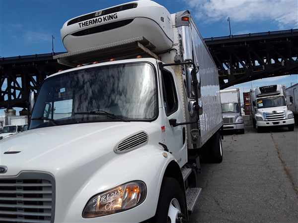 2013 Freightliner Truck 4x2, Refrigerated Body #508626 - photo 1
