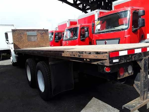 2013 Freightliner Truck 6x4, Platform Body #511396 - photo 1