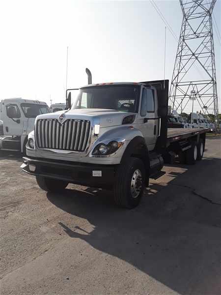 2009 International WorkStar 7600 6x4, Platform Body #452864 - photo 1