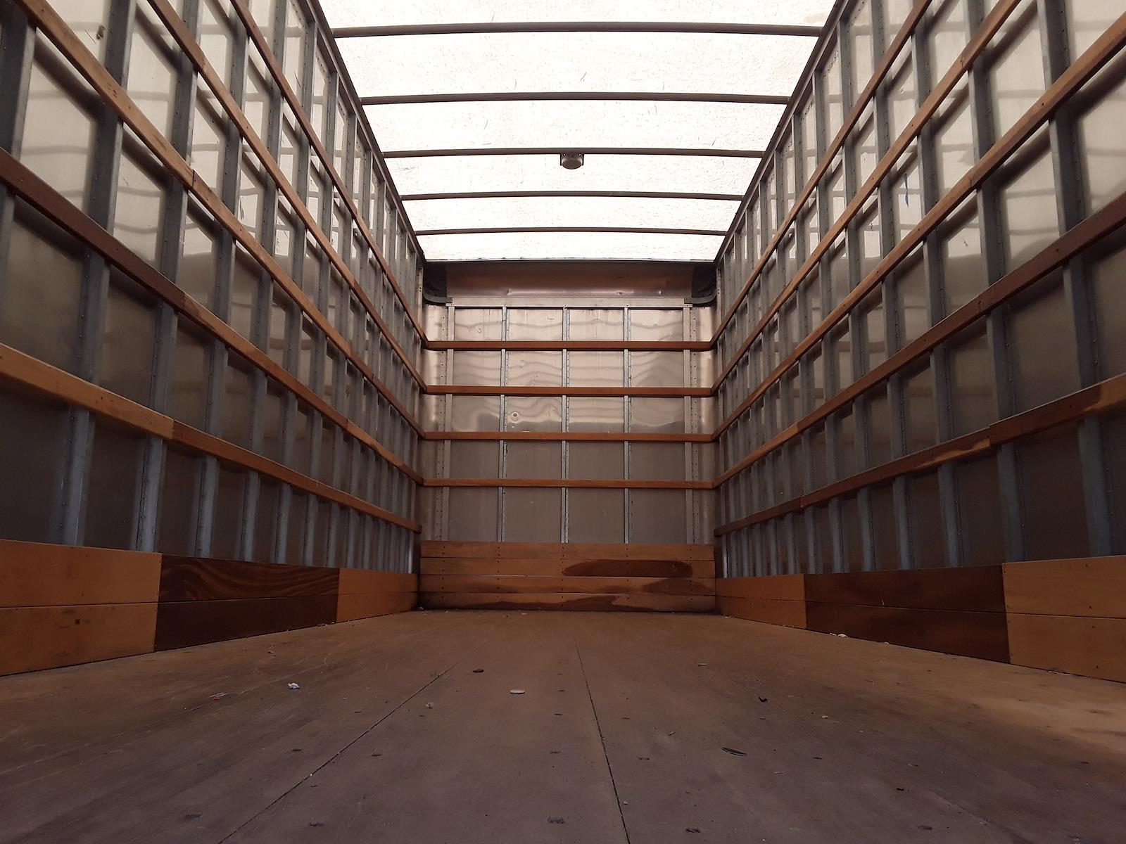 2015 International DuraStar 4300 4x2, Dry Freight #317833 - photo 1