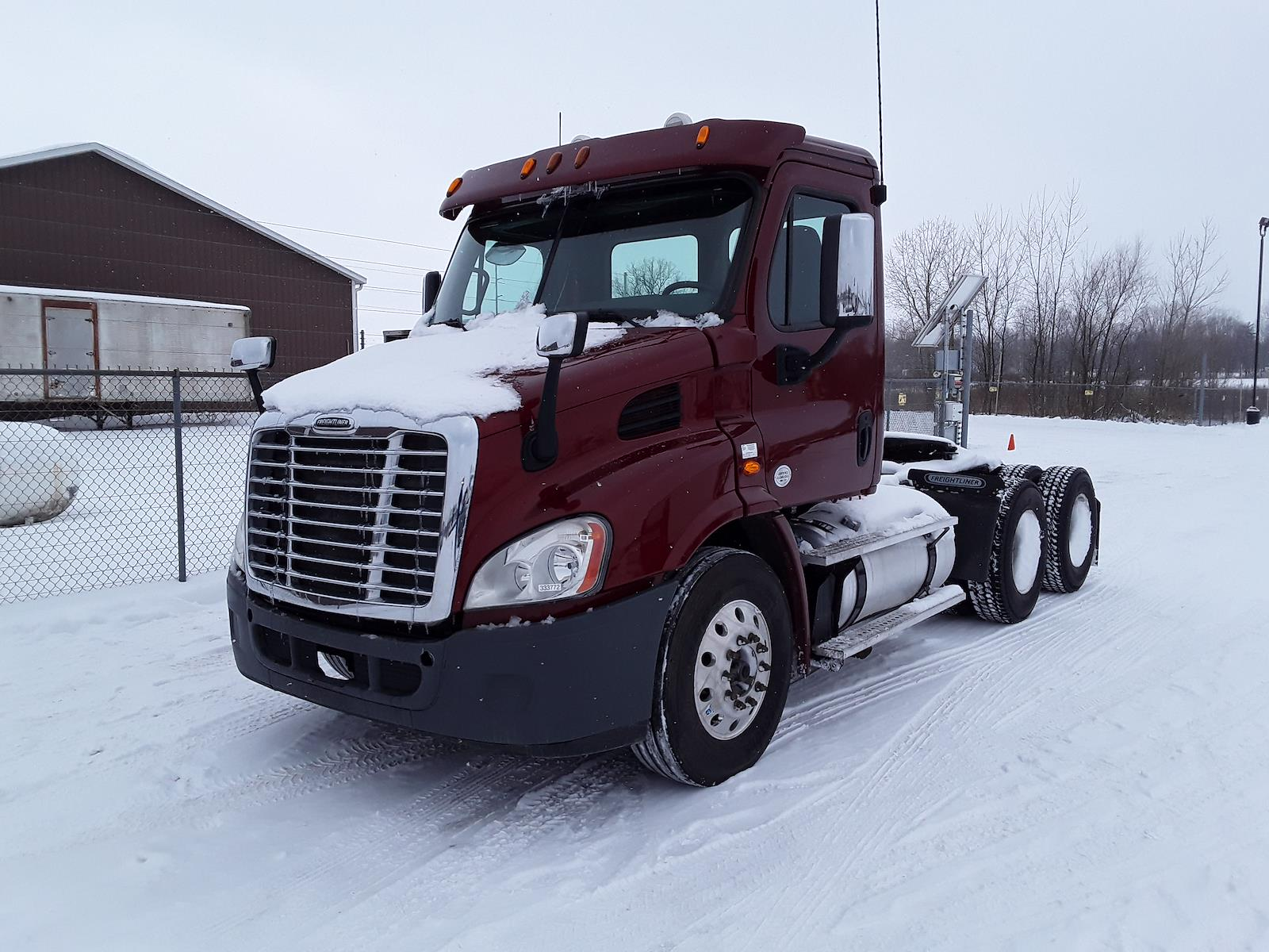 2015 Freightliner Truck 6x4, Tractor #333772 - photo 1
