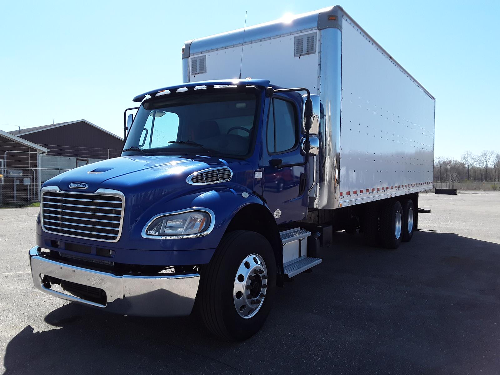 2015 Freightliner M2 106 6x4, Dry Freight #347380 - photo 1