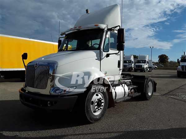 2012 International TranStar 8600 4x2, Tractor #381553 - photo 1