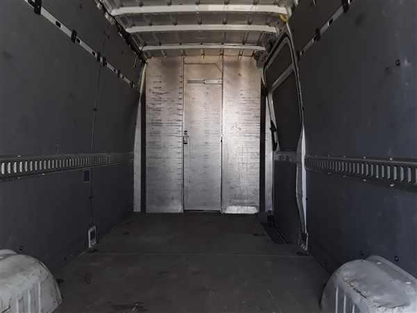 2015 Freightliner Sprinter 2500, Empty Cargo Van #399165 - photo 1