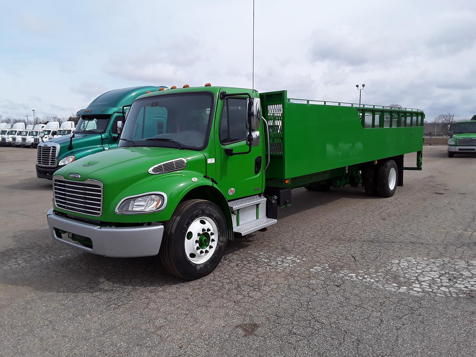 2012 Freightliner M2 106 4x2, Other/Specialty #445628 - photo 1