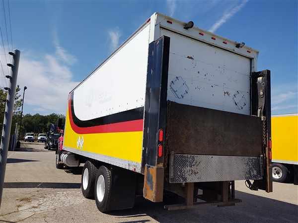 2013 International WorkStar 7600 6x4, Morgan Dry Freight #478516 - photo 1