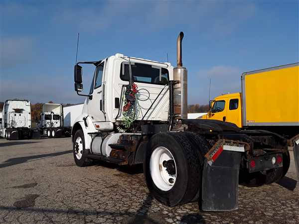2013 International TranStar 8600 4x2, Tractor #493983 - photo 1