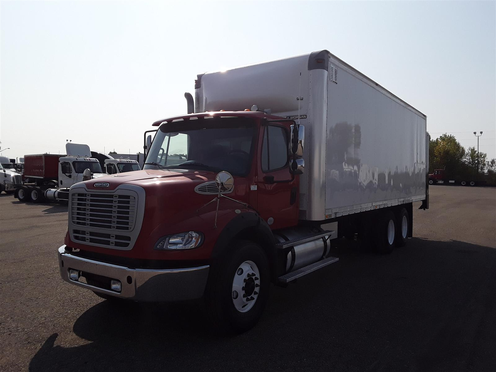 2013 Freightliner Truck 6x4, Dry Freight #513218 - photo 1