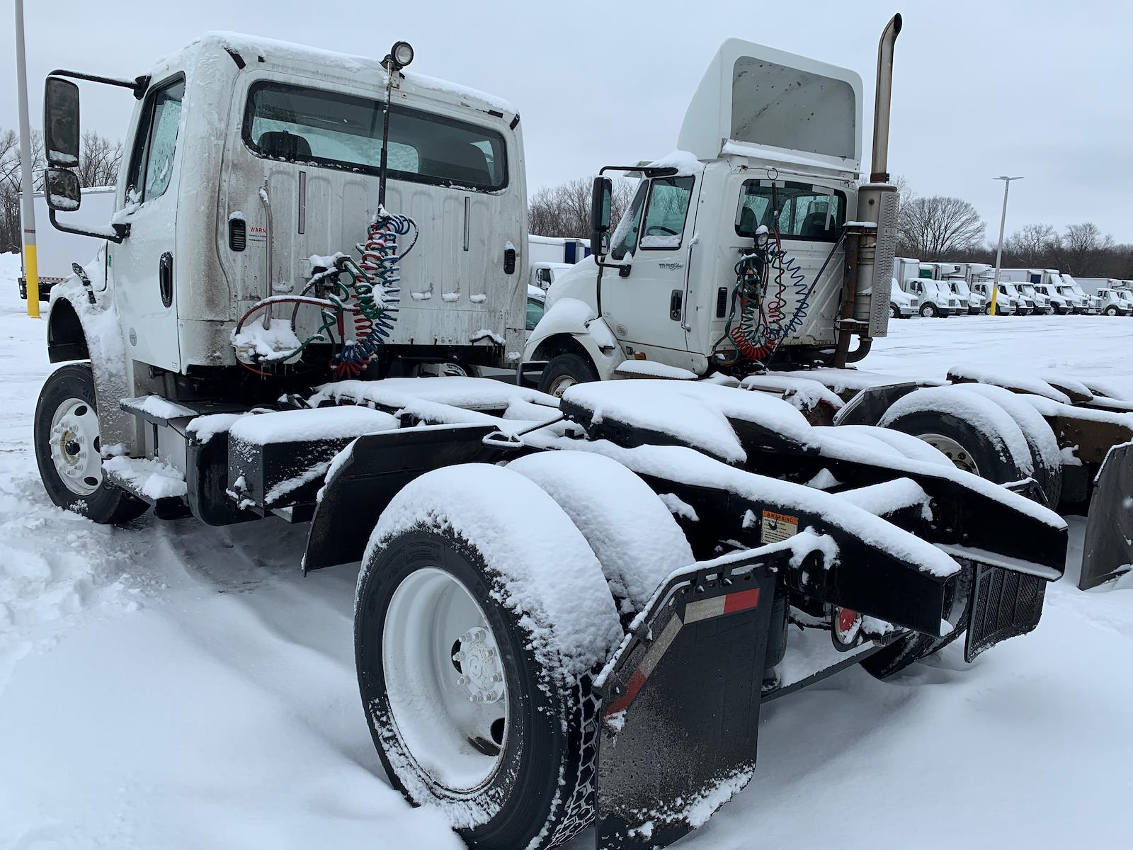 2014 Freightliner M2 106 4x2, Tractor #522810 - photo 1