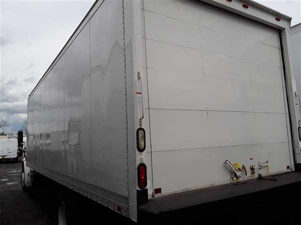 2014 Freightliner Truck 4x2, Dry Freight #531421 - photo 1