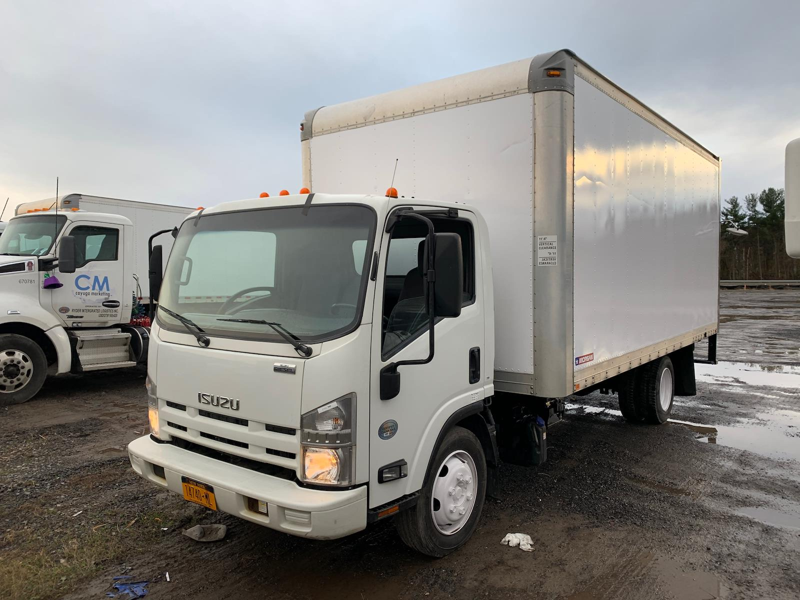 2014 Isuzu NQR 4x2, Dry Freight #571412 - photo 1