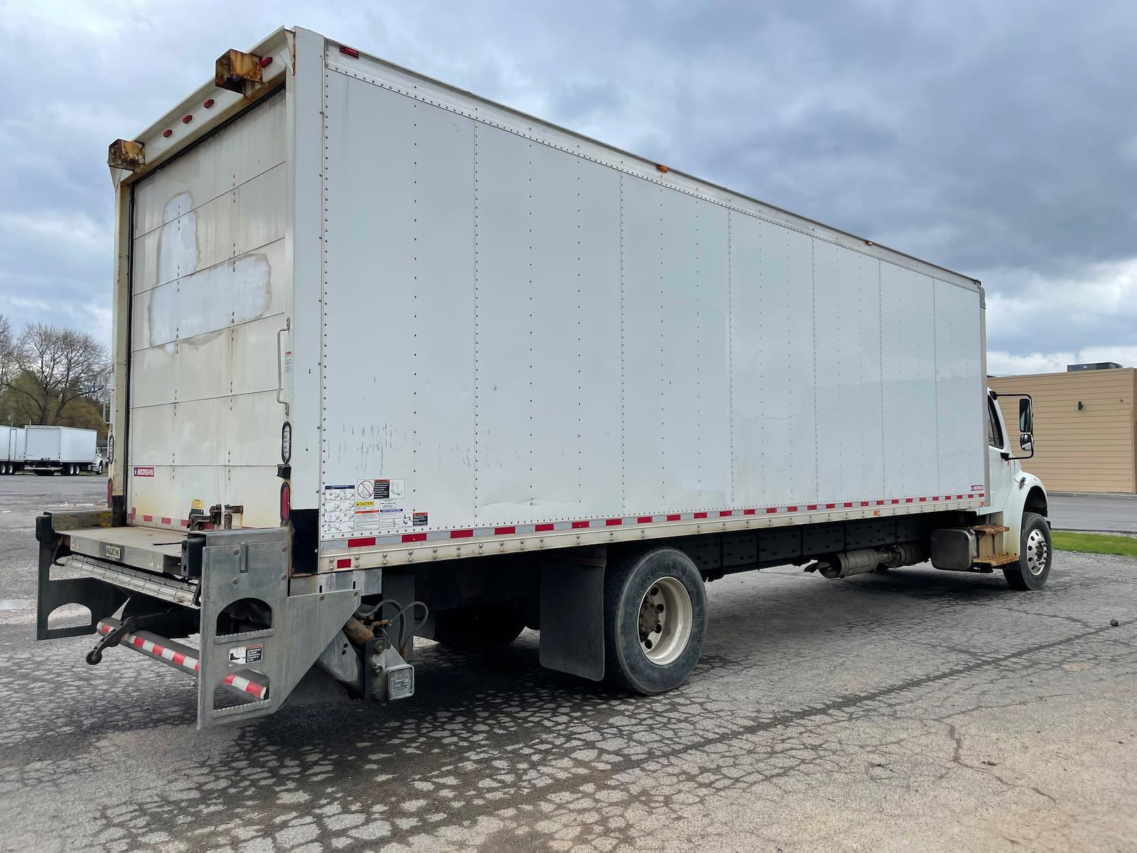 2016 Freightliner M2 106 4x2, Dry Freight #661949 - photo 1