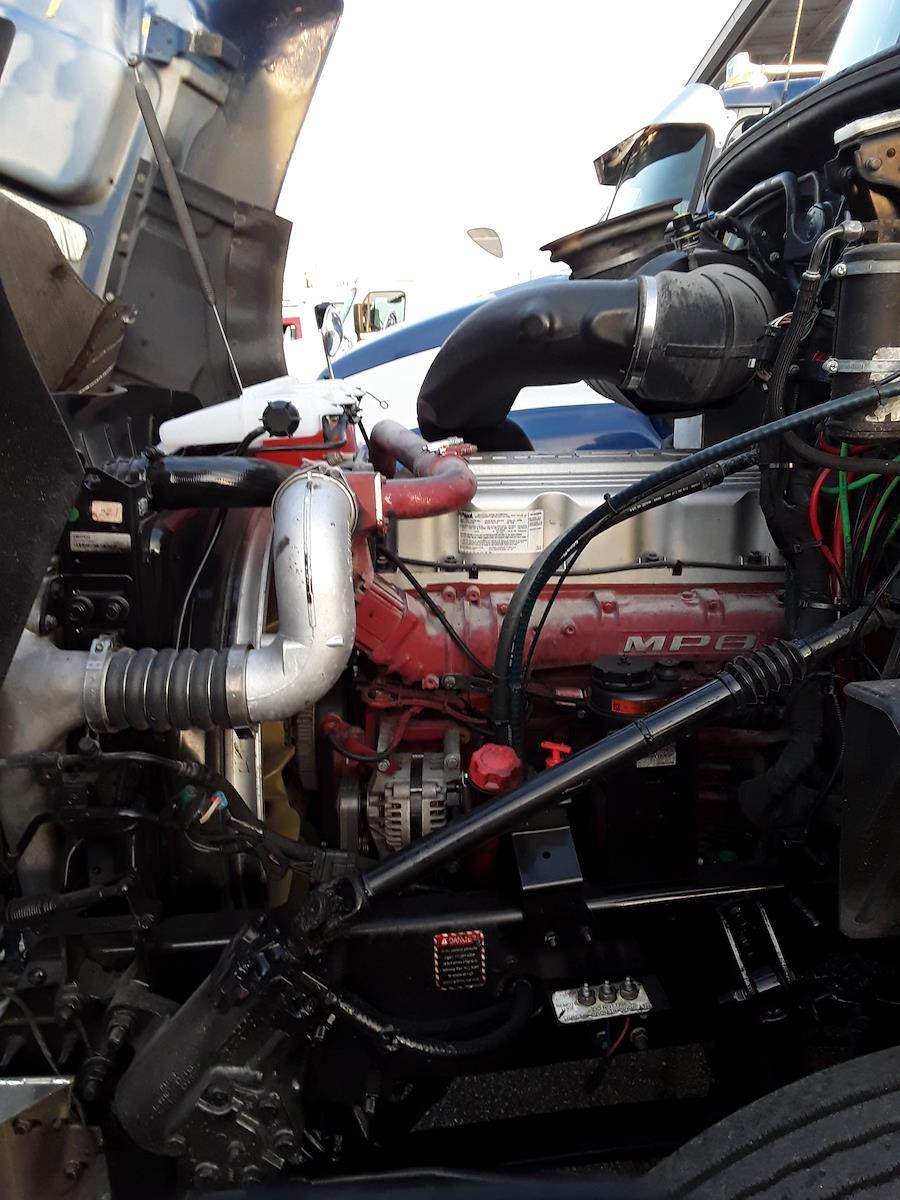 2014 Mack CXU613, Tractor #520989 - photo 1