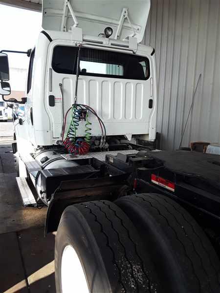 2014 Freightliner Truck 4x2, Tractor #540451 - photo 1