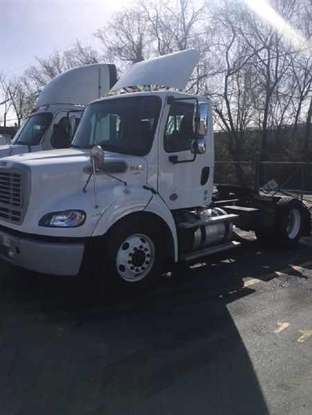 2017 Freightliner M2 112 4x2, Tractor #664232 - photo 1