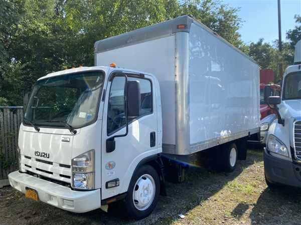 2012 Isuzu NRR 4x2, Dry Freight #444412 - photo 1