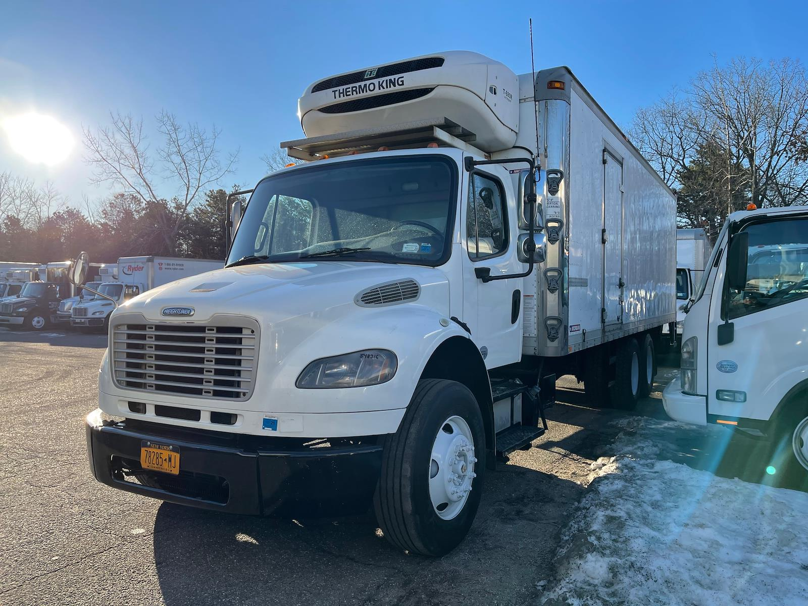 2014 Freightliner M2 106, Cab Chassis #548316 - photo 1