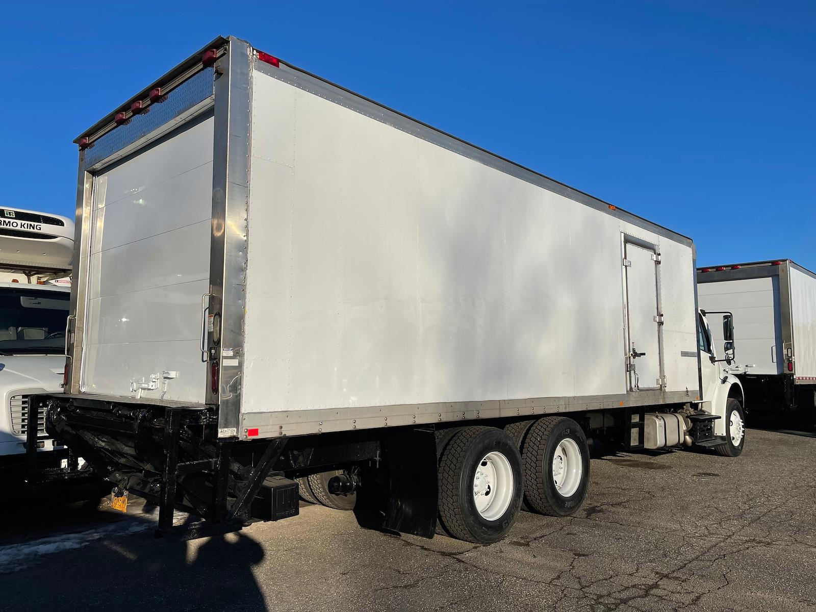 2014 Freightliner M2 106 6x4, Refrigerated Body #548316 - photo 1