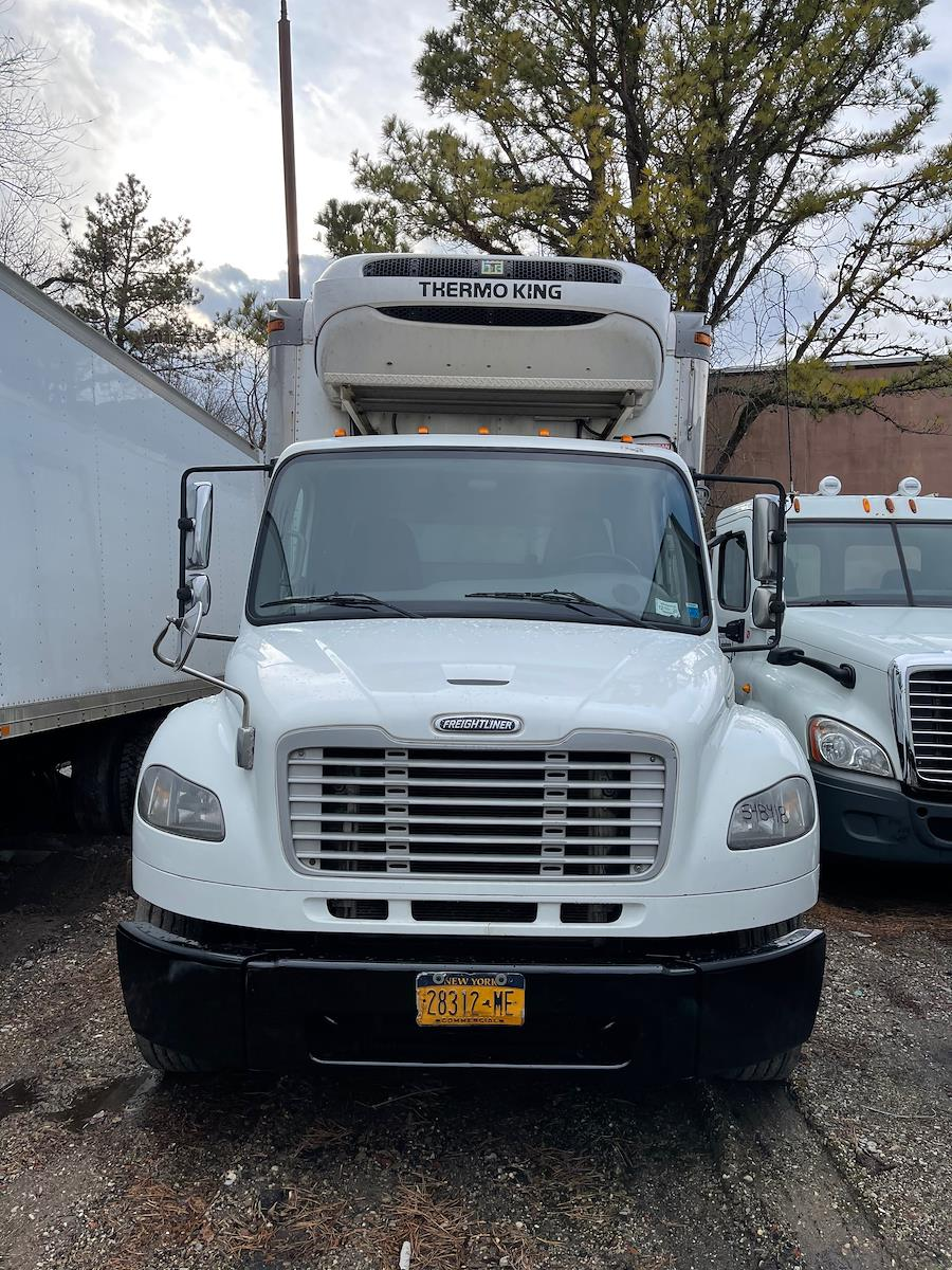 2014 Freightliner M2 106, Cab Chassis #548418 - photo 1