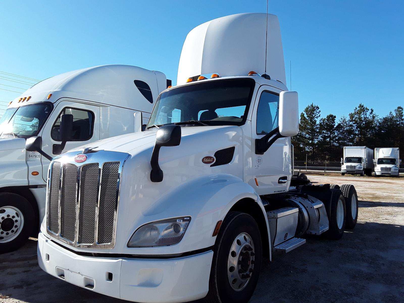 2015 Peterbilt 579 6x4, Tractor #343350 - photo 1
