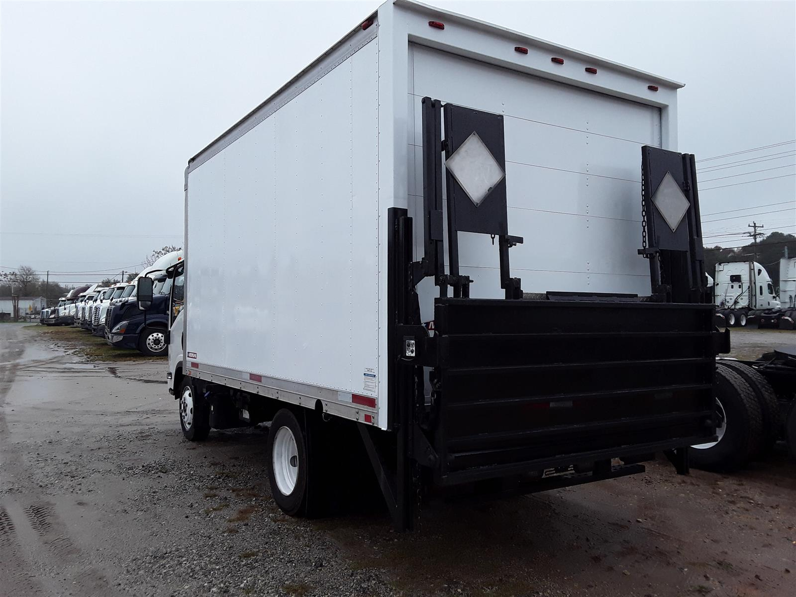 2013 Isuzu NQR 4x2, Dry Freight #503420 - photo 1