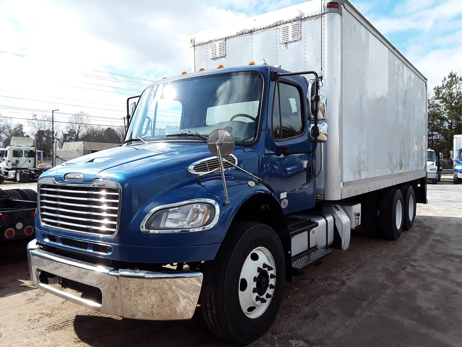2014 Freightliner M2 106 6x4, Dry Freight #534902 - photo 1