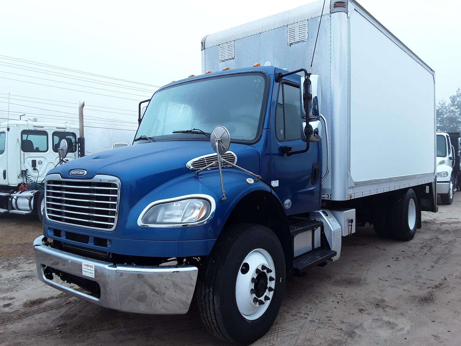 2014 Freightliner M2 106 4x2, Cab Chassis #534912 - photo 1