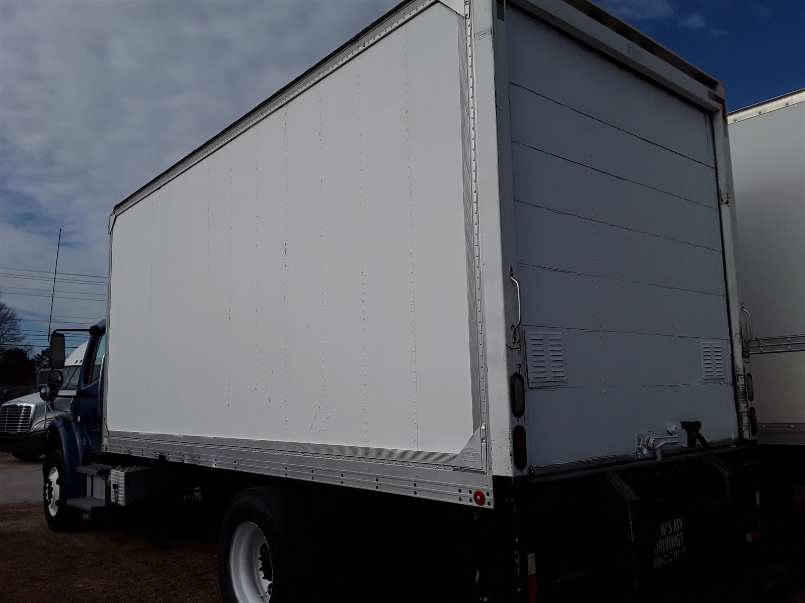 2014 Freightliner M2 106 4x2, Dry Freight #534913 - photo 1