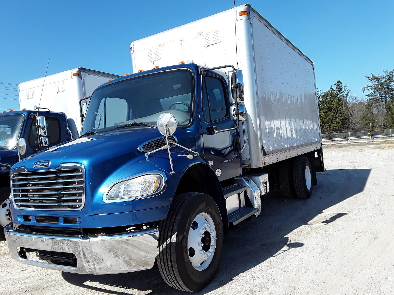 2014 Freightliner M2 106 4x2, Cab Chassis #534918 - photo 1