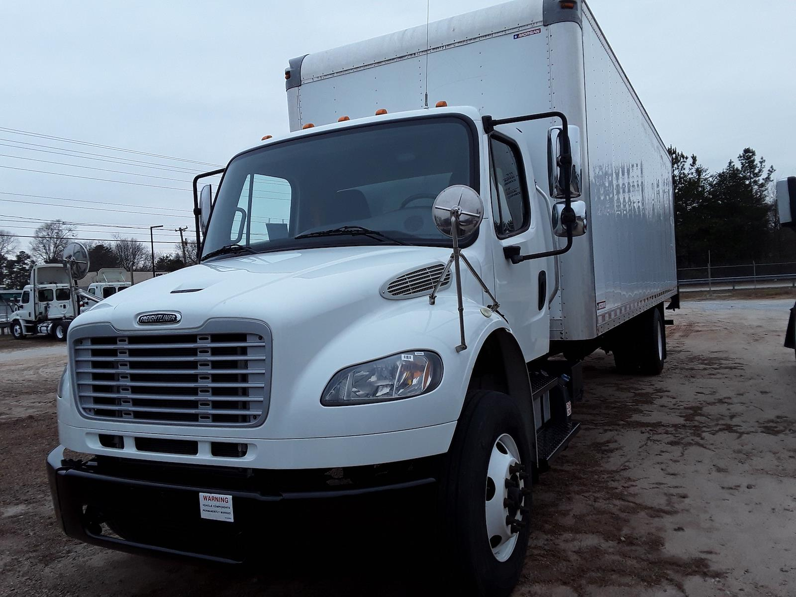 2016 Freightliner M2 106 4x2, Dry Freight #649488 - photo 1