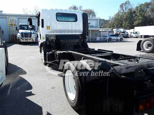 2015 Isuzu NRR Regular Cab 4x2, Cab Chassis #359466 - photo 1