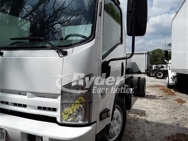 2015 Isuzu NRR Regular Cab 4x2, Cab Chassis #359503 - photo 1