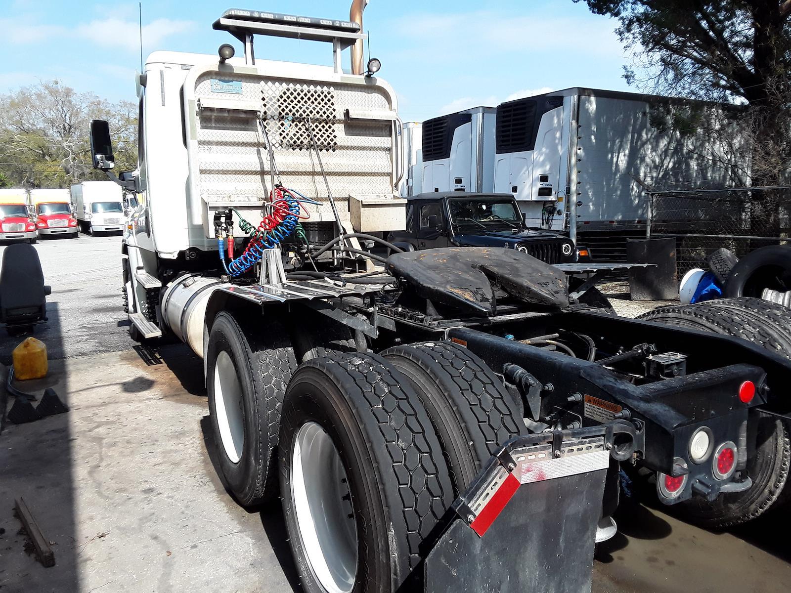 2014 Freightliner Truck 6x4, Tractor #545615 - photo 1