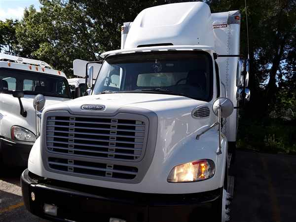 2015 Freightliner Truck 6x4, Dry Freight #334467 - photo 4